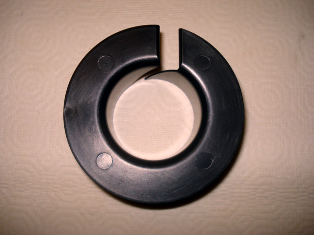 Yamaha Bushing pivot shaft F4A